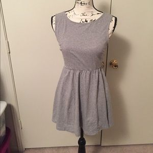Gray sleeveless dress